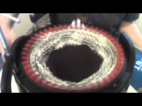 Slouchy looking hat on the addi king express knitting machine - YouTube