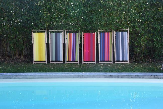 Depuis plus de 100 ans, Tissage de Luz travaille le linge basque traditionnel. Saison après saison, cette maison décline ce matériau noble et robuste dans des collections de transats aussi intemporelles qu'actuelles. www.tissagedeluz.com