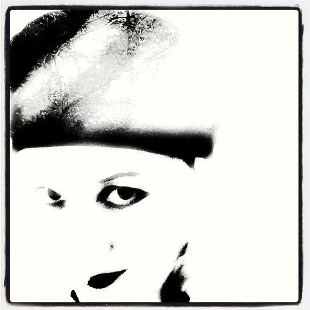 #selfportraitsz #omakuvia #baskeri #baskeripää #90-lukua #mustavalkoinen #blackandwhite
