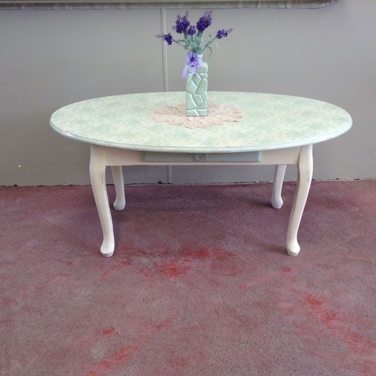 The finished Product A Shabby Chic Oval Table with Matching Floral Arrangement