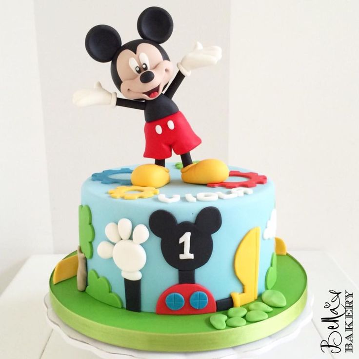 125 best images about mickey minnie mouse cakes on pinterest mickey mouse birthday cake. Black Bedroom Furniture Sets. Home Design Ideas