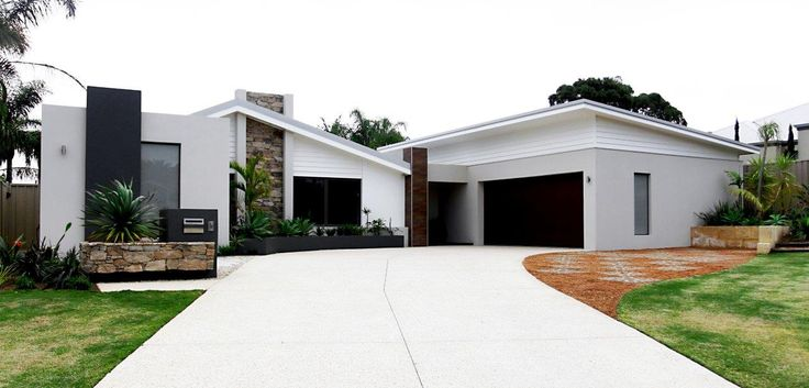white weatherboard, shale grey colorbond, charcoal and Rugged Earth | Meteor Stone