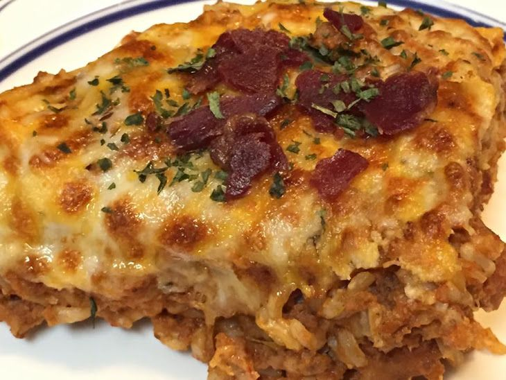 Healthy Bacon Cheeseburger Pie – 21 Day Fix Approved Recipe Main Dishes with ground turkey, onions, sea salt, pepper, quinoa, cumin, tomato paste, apple cider vinegar, worcestershire sauce, dijon mustard, water, turkey bacon, shredded cheddar cheese
