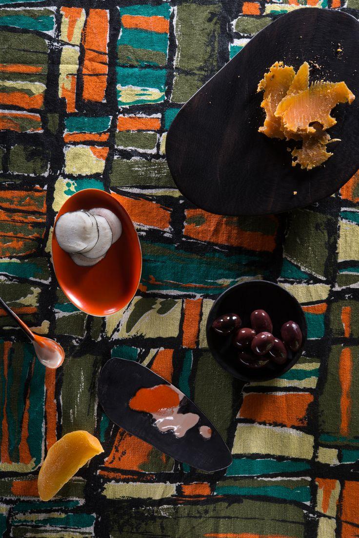 Art direction : Sylvia Eustache Rools / Photo : Laure Mélone. Nature morte. Vintage textile.