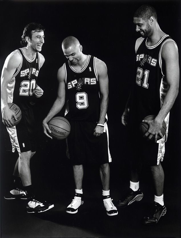 Spurs. Great fundamental basketball! If anybody knows what it is to play as a team, it's them!:) SPURS FAN FOREVER.