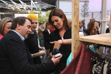 Tenda. Nuevo comercio urbano cerró sus puertas en EXPOCoruña con alrededor de 15.000 visitantes. #coruñasemueve