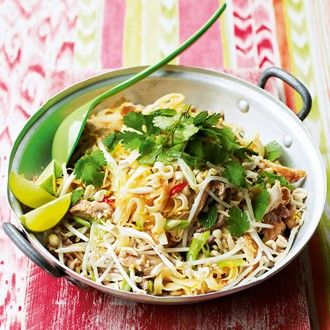 Pad Thai with Chicken - Thai Recipes - Healthy & Easy Recipes