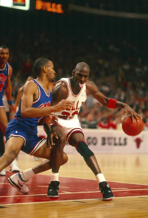 Ron Harper About To Be Served, '89.  http://atlantis.homepagepays.com