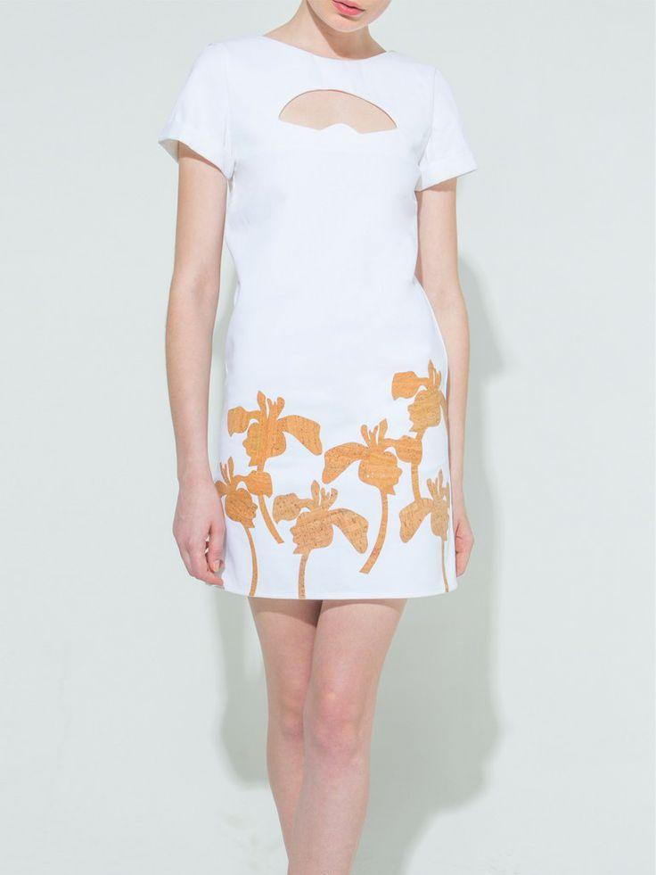 Fan cutout-flower cork applique white dress.