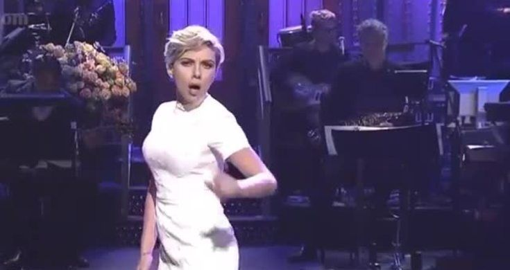 Scarlett Johansson Sings Sexy 'Love You Baby' Lullaby During SNL Monologue