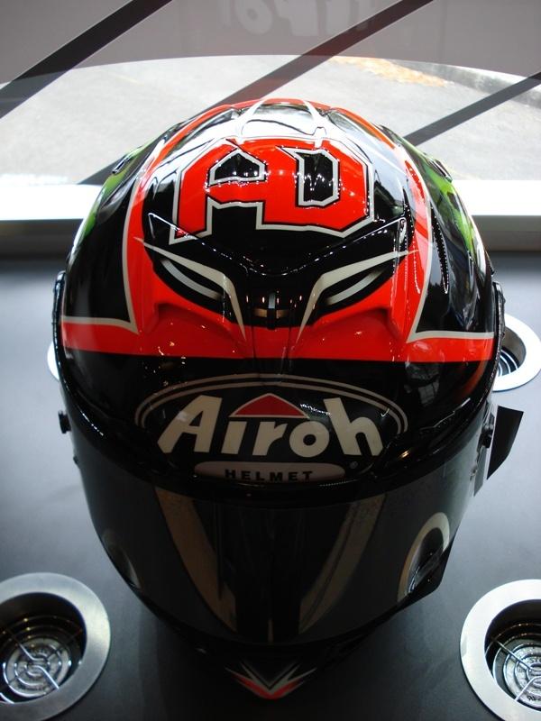 Andrea Dovizioso | Helmets | Pinterest