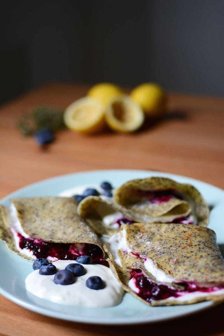 Food: Rezept für Mohn-Palatschinken mit Heidelbeeren   http://welovehandmade.at