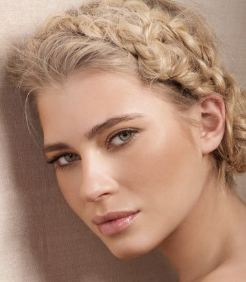 Skin-like shades plus a dewy sheen to all the products gives a very natural look.  Loosely braided hair adds to the softness.