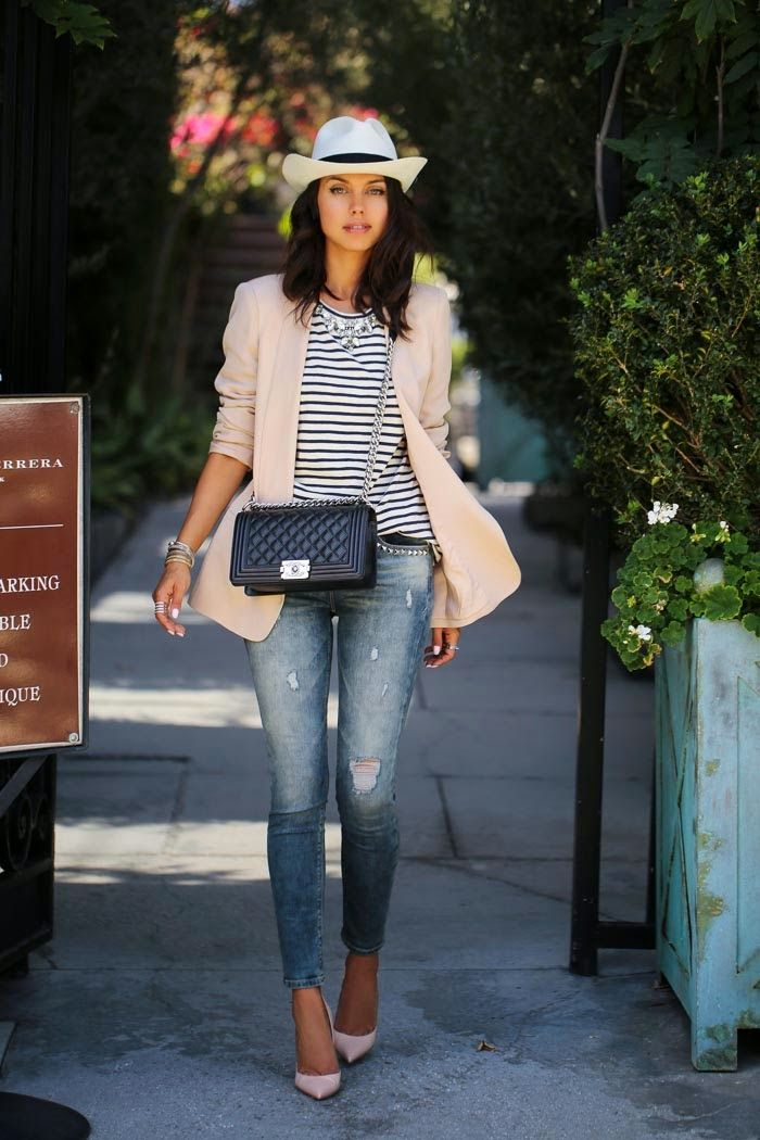 Distressed skinny jeans and striped top for spring