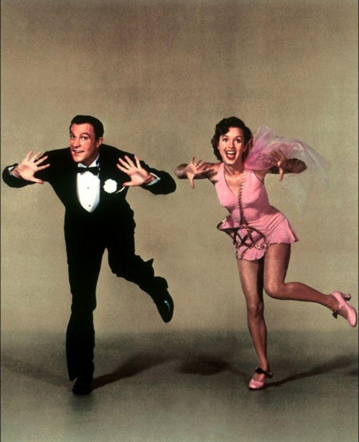 Singin' in the Rain (wasn't Gene Kelley the dreamiest?!!)