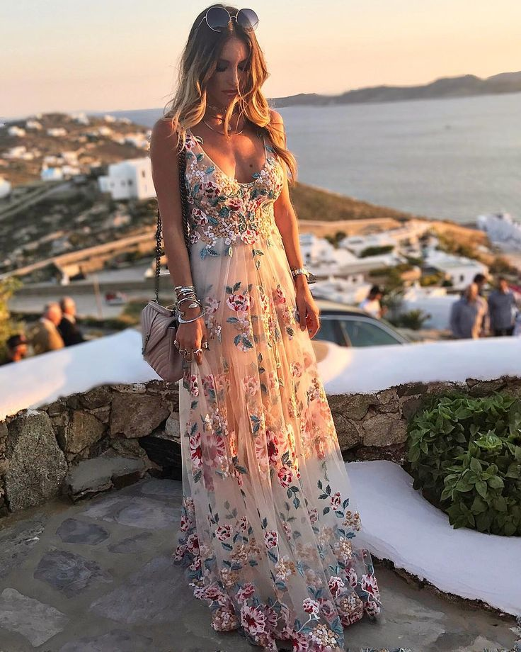 """25.7 χιλ. """"Μου αρέσει!"""", 141 σχόλια - Athina Oikonomakou Official☾ (@athinao1konomakou) στο Instagram: """"Wedding day  Wearing maxi dress @konstantinosmelis #wedding #duchessanddimitris #mykonos…"""""""