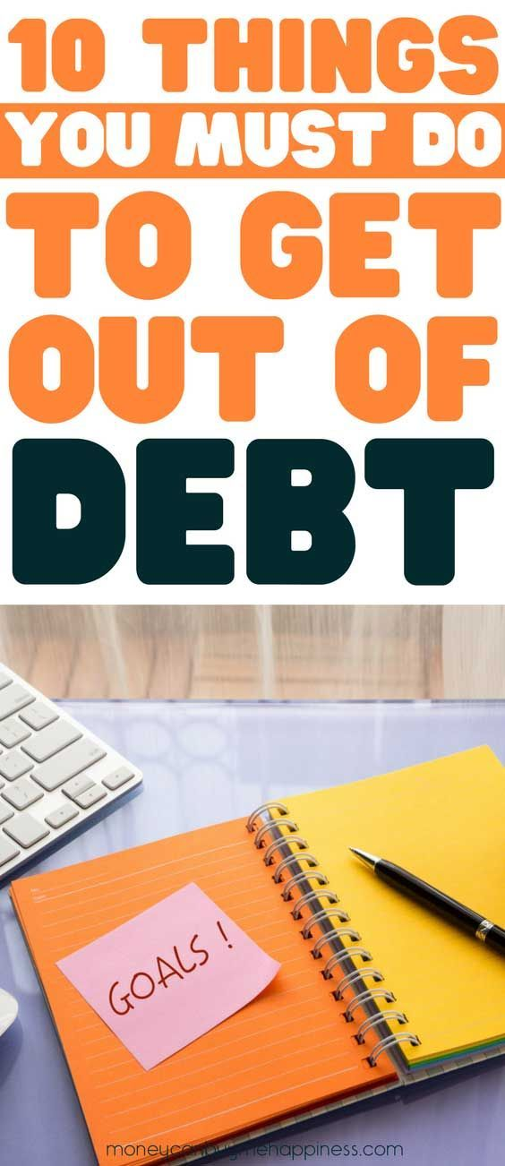 Want to get out of debt in 2018? The debt payoff tips are the best. An exact plan for slaying your debt, becoming debtfree and mastering your money. #debtfree #debtpayofftips