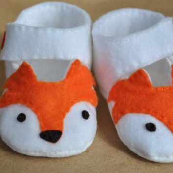 """Fox Felt Baby Shoe Pattern - """"Foxy Tots"""" Mary Jane's"""