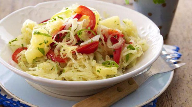 Zuurkoolsalade met paprika en ananas