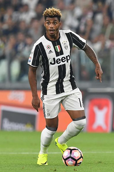 Mario Lemina of Juventus FC in action during the Serie A match between Juventus FC and ACF Fiorentina at Juventus Arena on August 20 2016 in Turin...