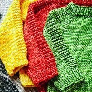 Свитерок может быть разным! Например, таким для самых милых, любимых и ... иногда ставящих взрослых людей в тупик. Пусть и им будет тепло, красиво и стильно! #mysweater #sweater #детям #зима #подарокнановыйгод