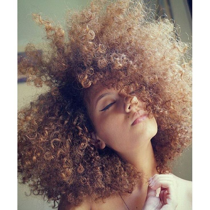 @lubatalha    curly colors. Natural hair and color. Hair color.