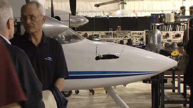 Lincoln Land Community College gets new aviation center - FOX Illinois