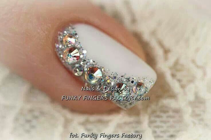 #Prettynails #weddingnails