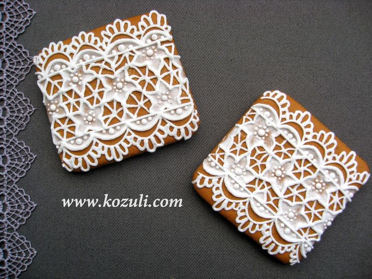 @kozuli_com  //  Lace cookies with VIDEO TUTORIAL at www.kozuli.com // Lace cookies / Icing cookies /  Mother's day cookies / Royal icing cookies / Decorated cookies / Cookie decorating / Cookie decorating ideas / Sugar cookies / Sugar cookie icing