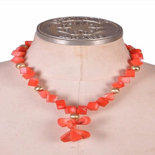 Cube Bead Necklace Set with Flower Pendant
