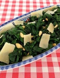 Spinazie met knoflook en kaas | Het lekkerste recept vind je op AllesOverItaliaansEten
