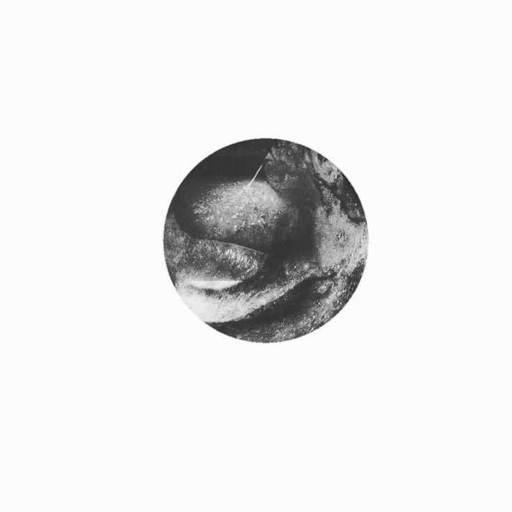 """Hastalıklı bir topluma iyi eklemlenmiş olmak, sağlıklı olmanın bir ölçütü değildir."" - Krishna  #psycho #psychedelicart #psychedelic #artporn #digitalart #modernart #art #artwork #variation #artoftheday #artist #bw_society #society #dark #darkart #circle #illustration #sanat #insta_bw #instadaily #picoftheday #minimalism #minimalist http://turkrazzi.com/ipost/1515920316805954762/?code=BUJoX8XBDzK"