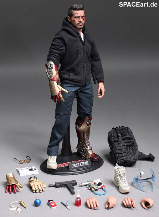Iron Man 3: Tony Stark (The Mechanic) - Deluxe Figur, Fertig-Modell ... http://spaceart.de/produkte/irm023.php