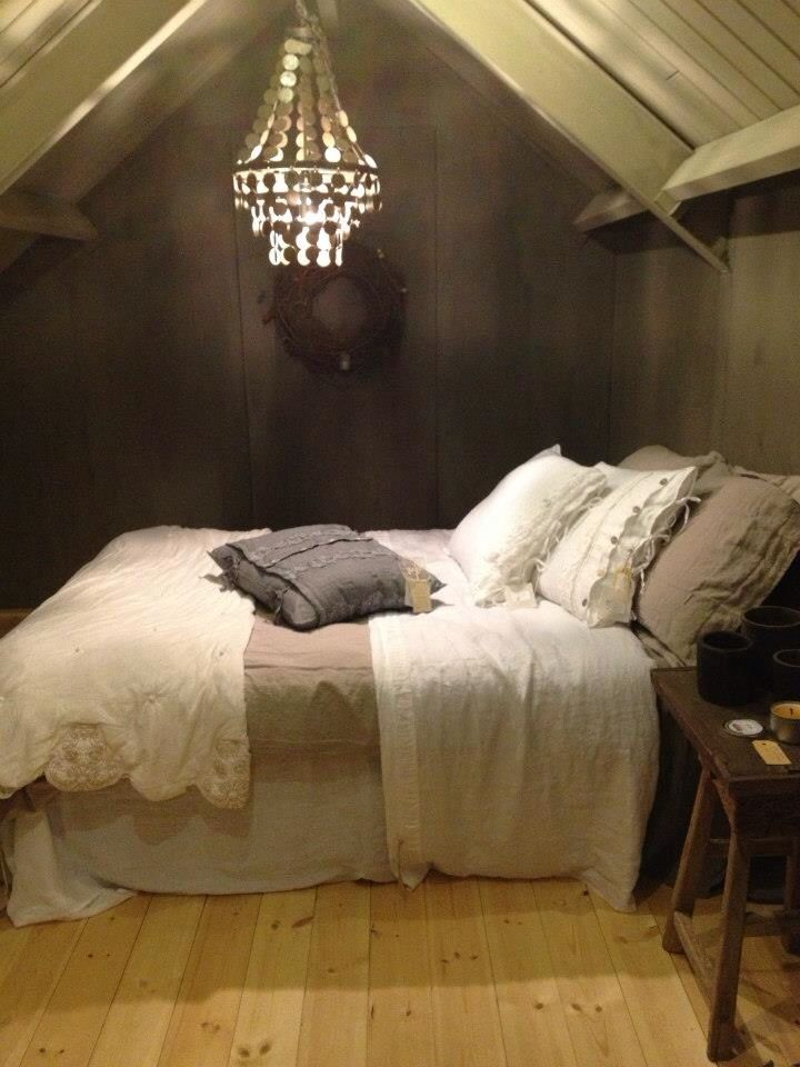 awesome romantic attic bedroom