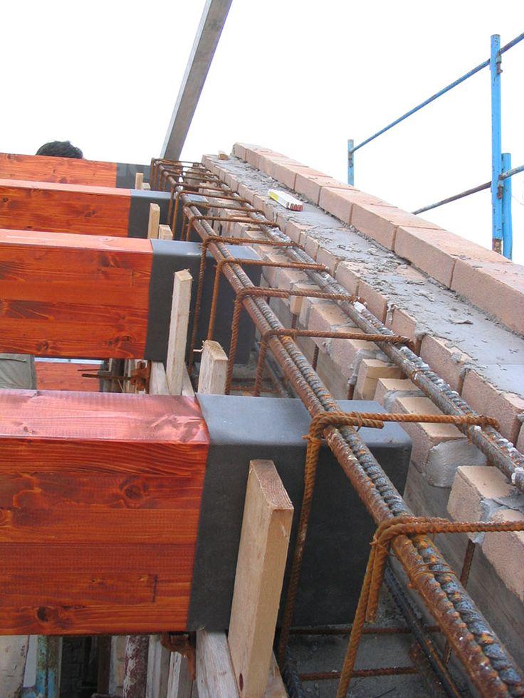 Oltre 1000 idee su travi di legno su pinterest travi in for Piccola casa costruita su fondamenta