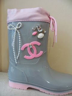 pink grey wellies by ellishoes.blogspot.com