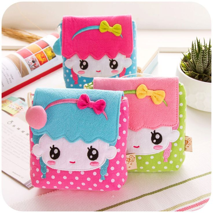 Cartoon package cloth napkins, high-capacity storage bag aunt towel sanitary napkins admission package