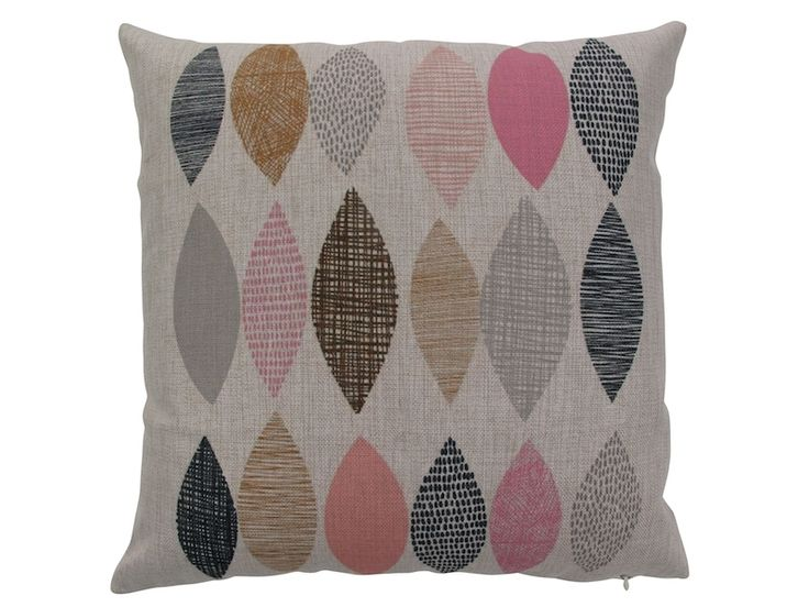 hardtofind. | Leaf pink cushion cover