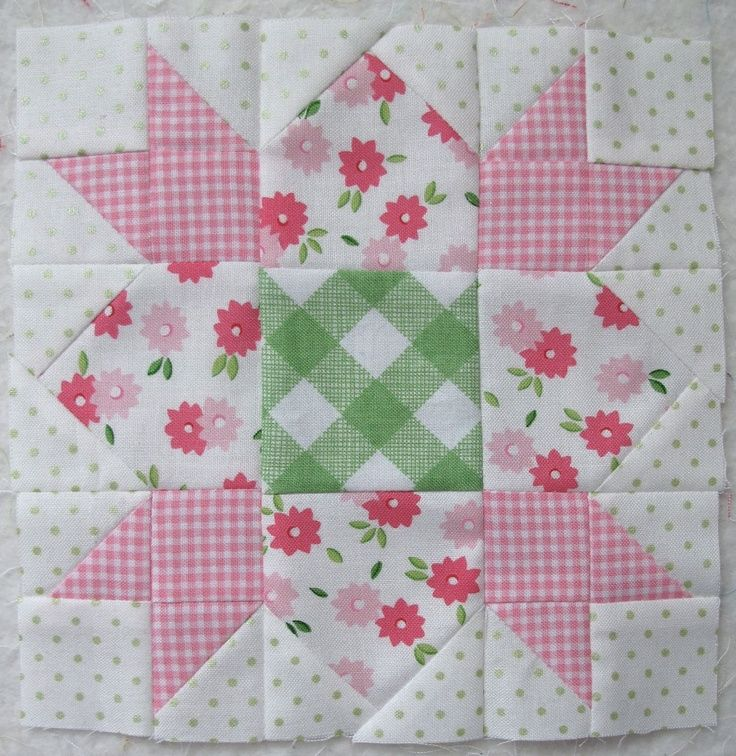 Knitted Quilt Block Patterns : 1000+ images about Quilt Blocks and Patterns on Pinterest Quilt blocks, Sta...