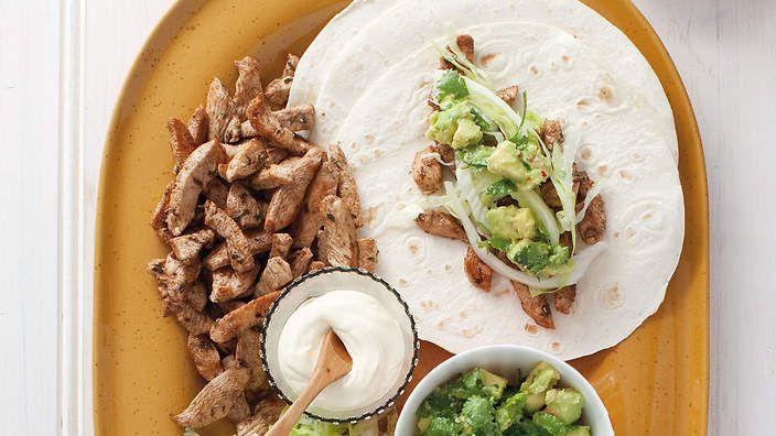 Chicken fajitas with avocado mash recipe : SBS Food