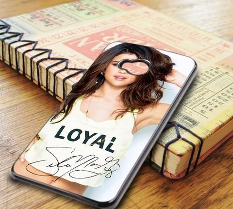 Selena Gomez Smiley Signature HTC One M7 Case