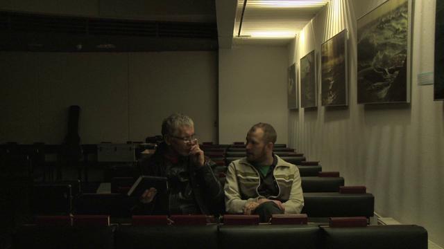 "Pertti Kurikan Nimipäivät Goes Deutschland, Episode 6: ""Down the Sewer"""