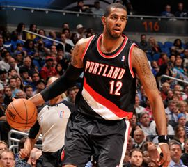LaMarcus Aldridge - NBA Player - Portland Trail Blazers #12 - Center-Forward