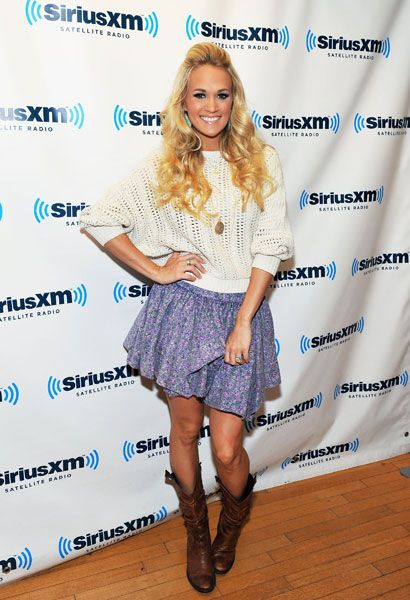 Country outfit, love her and that outfit
