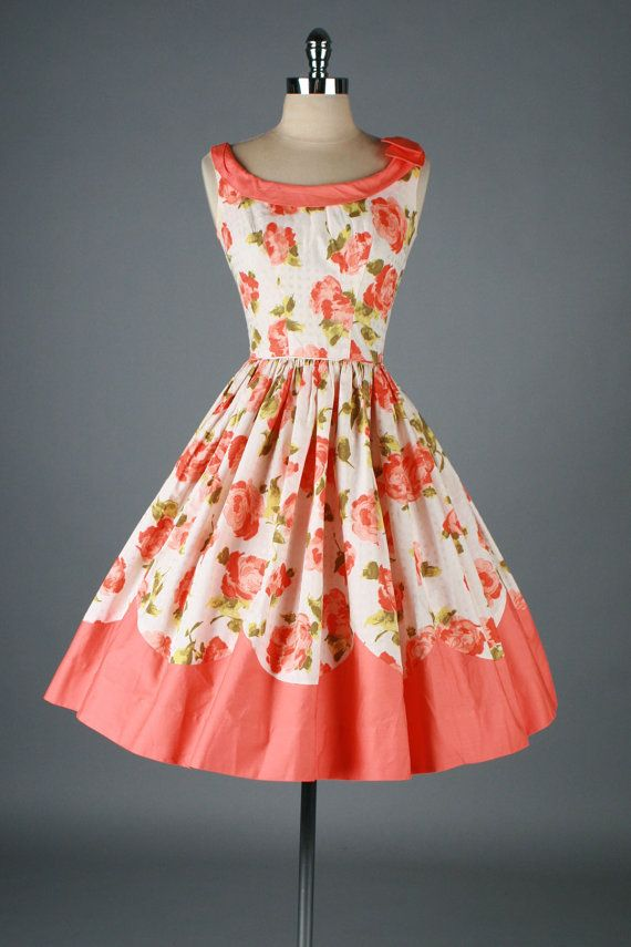 #floral #dress #1950s #partydress #vintage #frock #retro #sundress #floralprint #petticoat #romantic #feminine #fashion