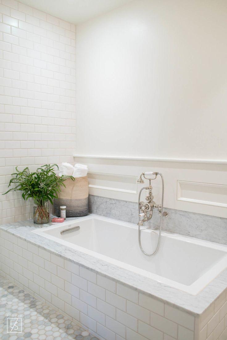 las palmas // marble // serene bathrooms // built in bathtub