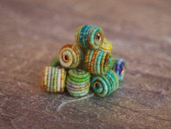 Kleine handgemachte Stoff Textil Perlen für Artisan-Schmuck-Designs                                                                                                                                                      Mehr