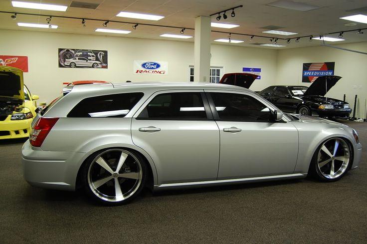 2008 dodge magnum custom parts | 2006 Dodge Magnum R/T - Custom Air Ride - 22's - Check it out ...