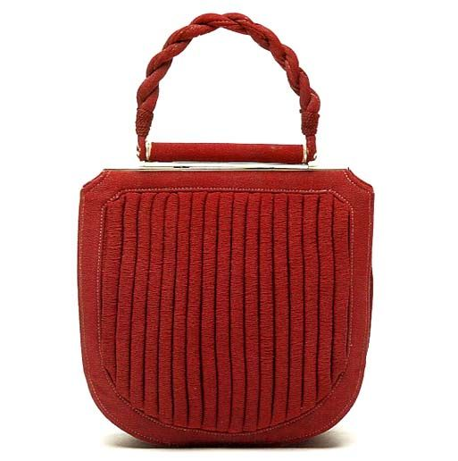1940s USA ... pleated_day-bag with chrome-hinge closure