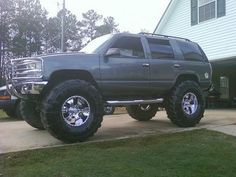 1999 Chevrolet TAHOE $16,000 Possible trade - 100140791 | Custom Lifted Truck Classifieds | Lifted Truck Sales